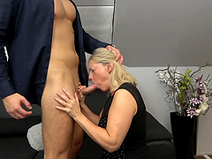 Amateur old vs young porn with cock hungry mature slut Mia