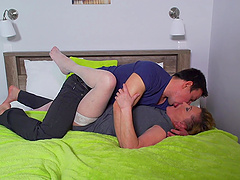 Chubby mature slut Maria opens her legs to be fucked gently