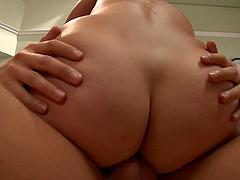 Small boobs amateur Allie Haze fucked good and earns a facial